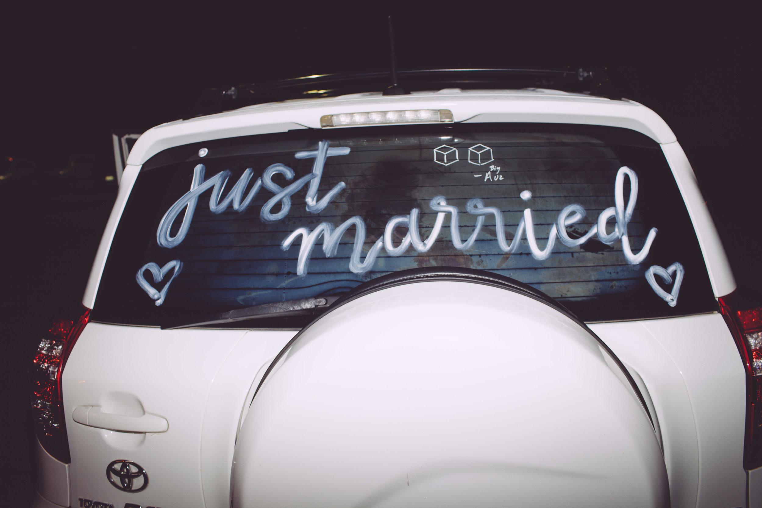 bride and groom send off car Spokane wedding