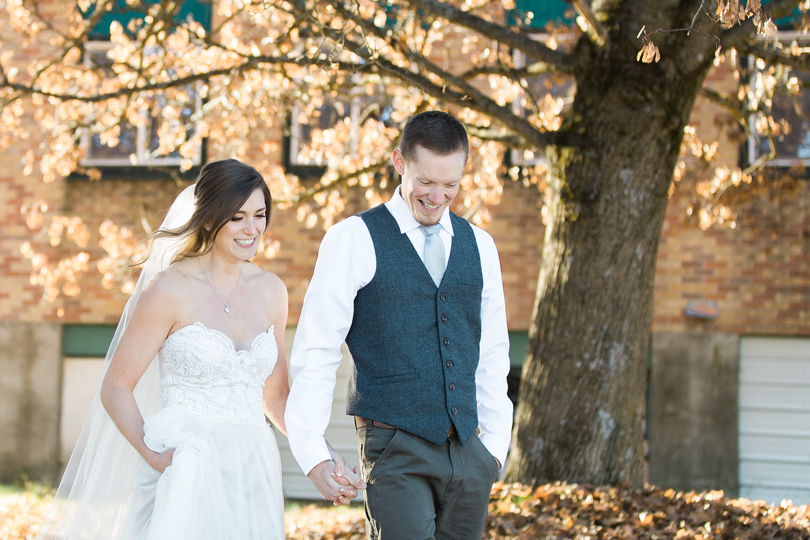 spokane wedding dress greenbluff fall bride groom