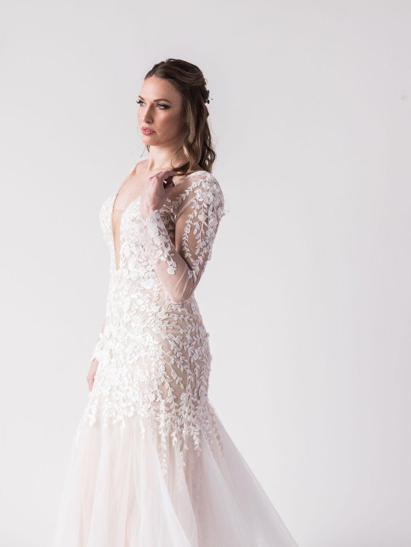 long sleeve wedding dress floral aplique bride spokane