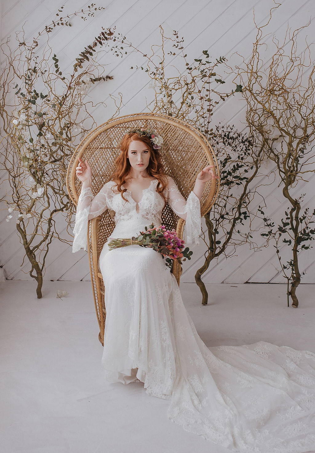 spokane bride peacock chair wedding
