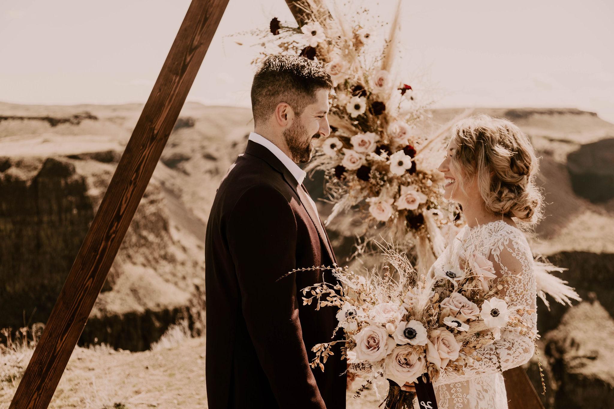 first look spokane bride summer destination wedding