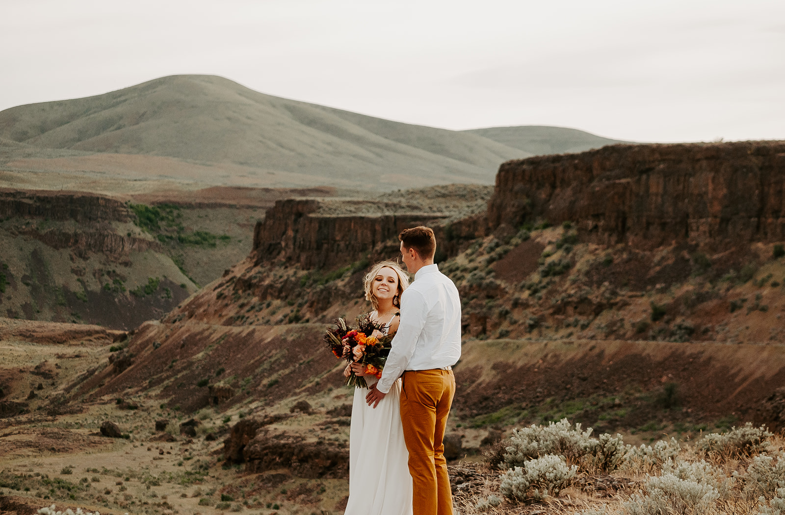 elopement spokane wedding dress essence of Australia