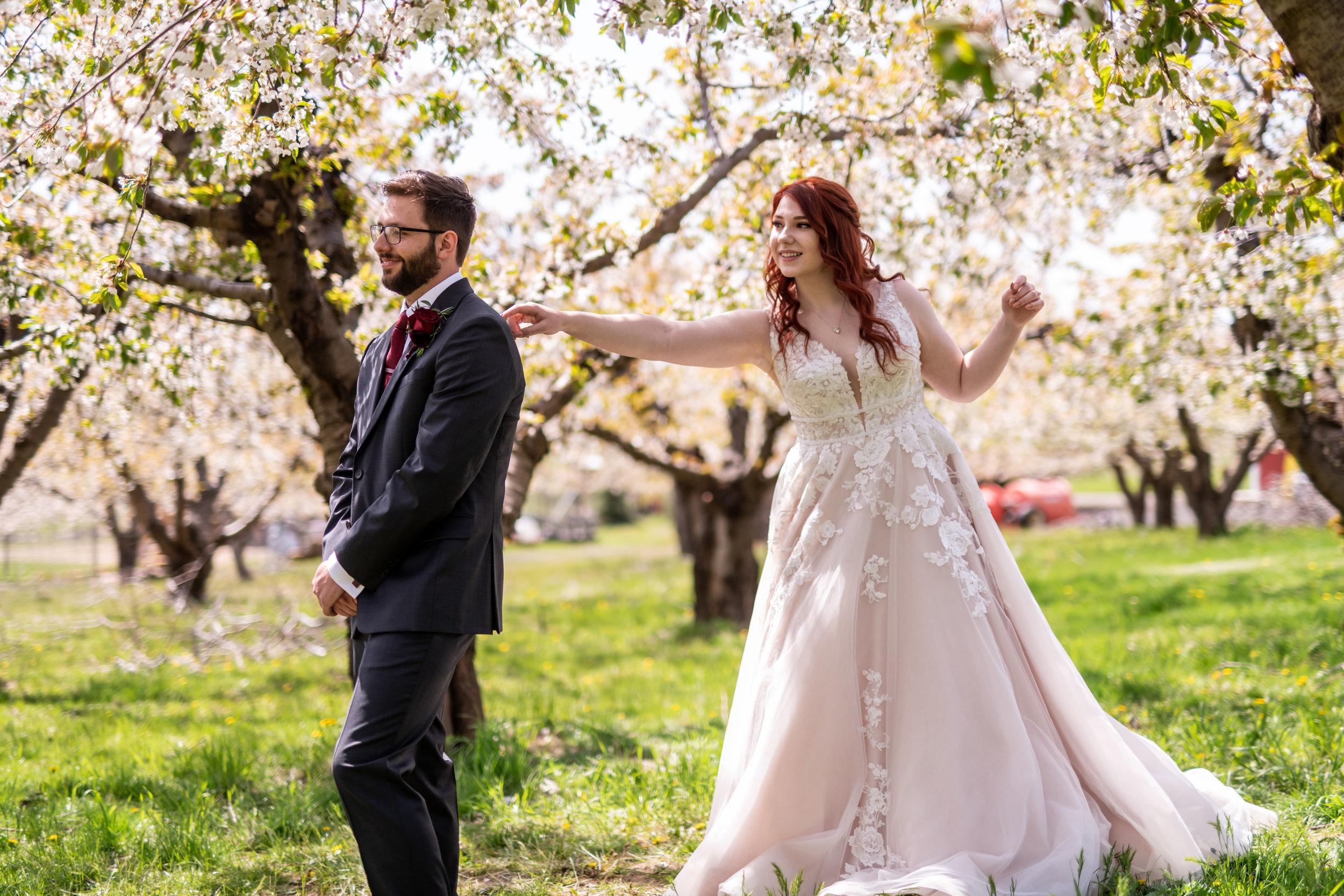 Spokane green bluff wedding dress bride first look