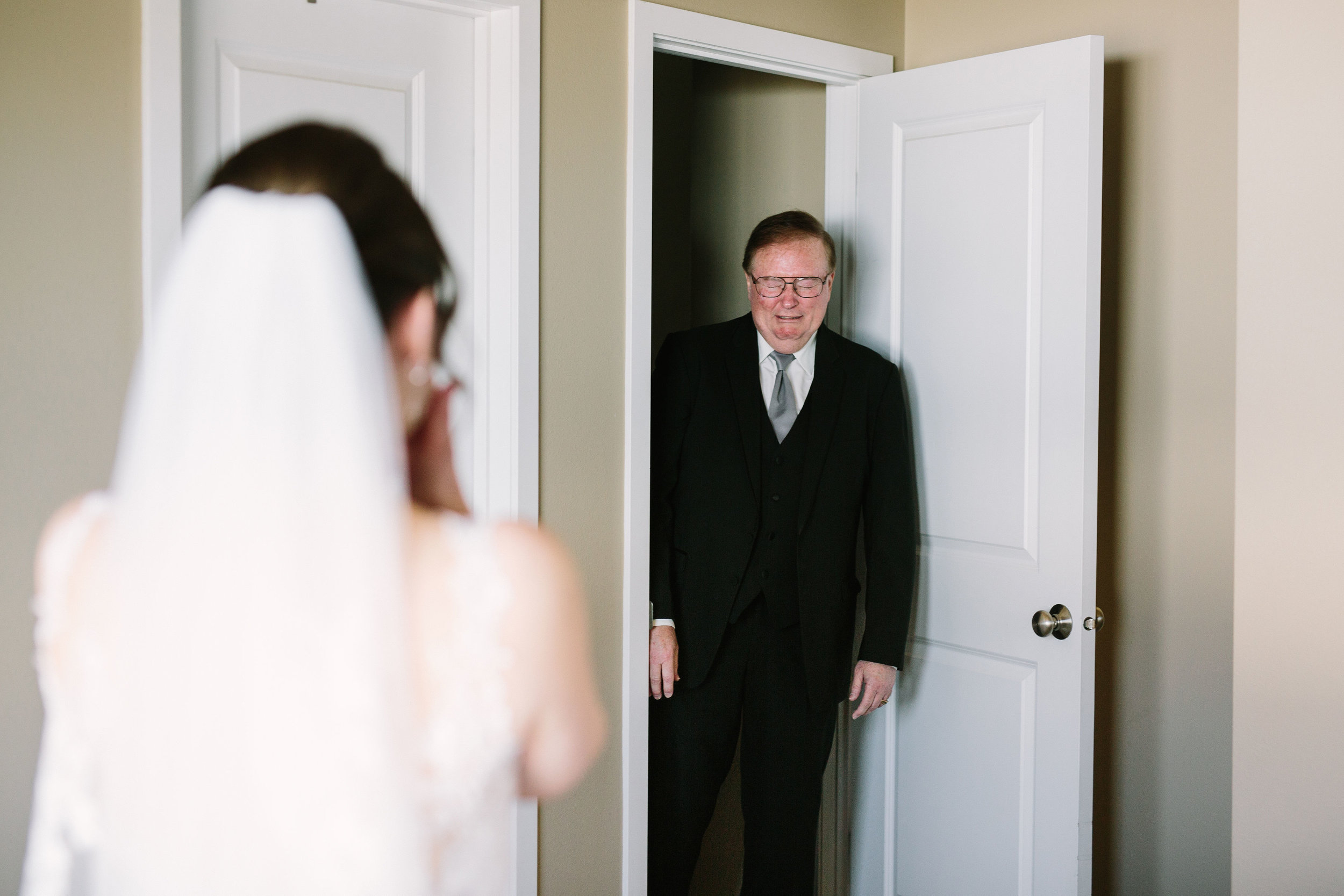 Fun Rustic spokane wedding fathers first look dad seeing bride