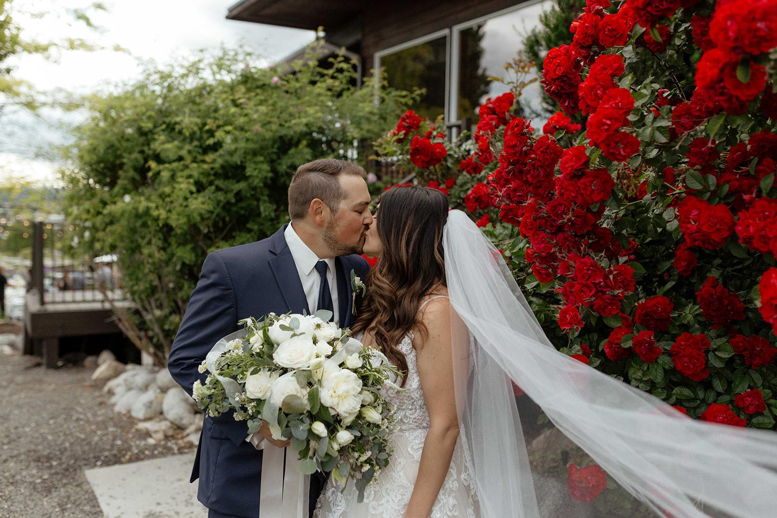 summer spokane bride wedding