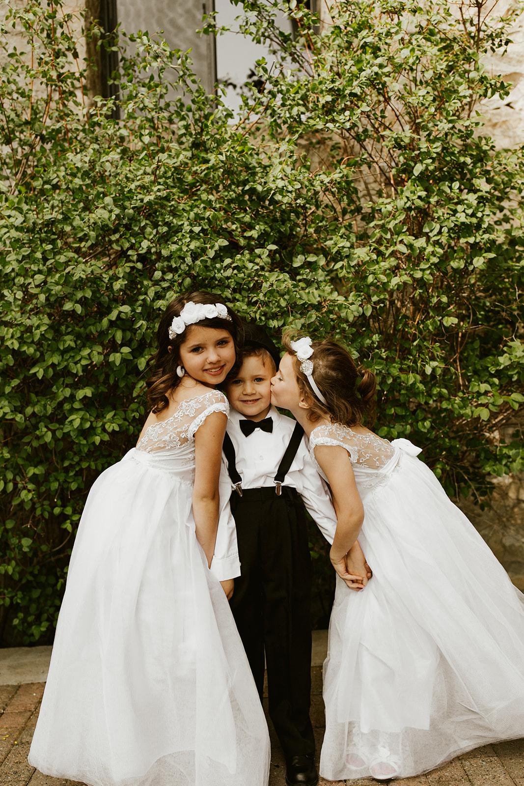 Chateau Rive Spokane Wedding Spokane Blog Dress flower girls