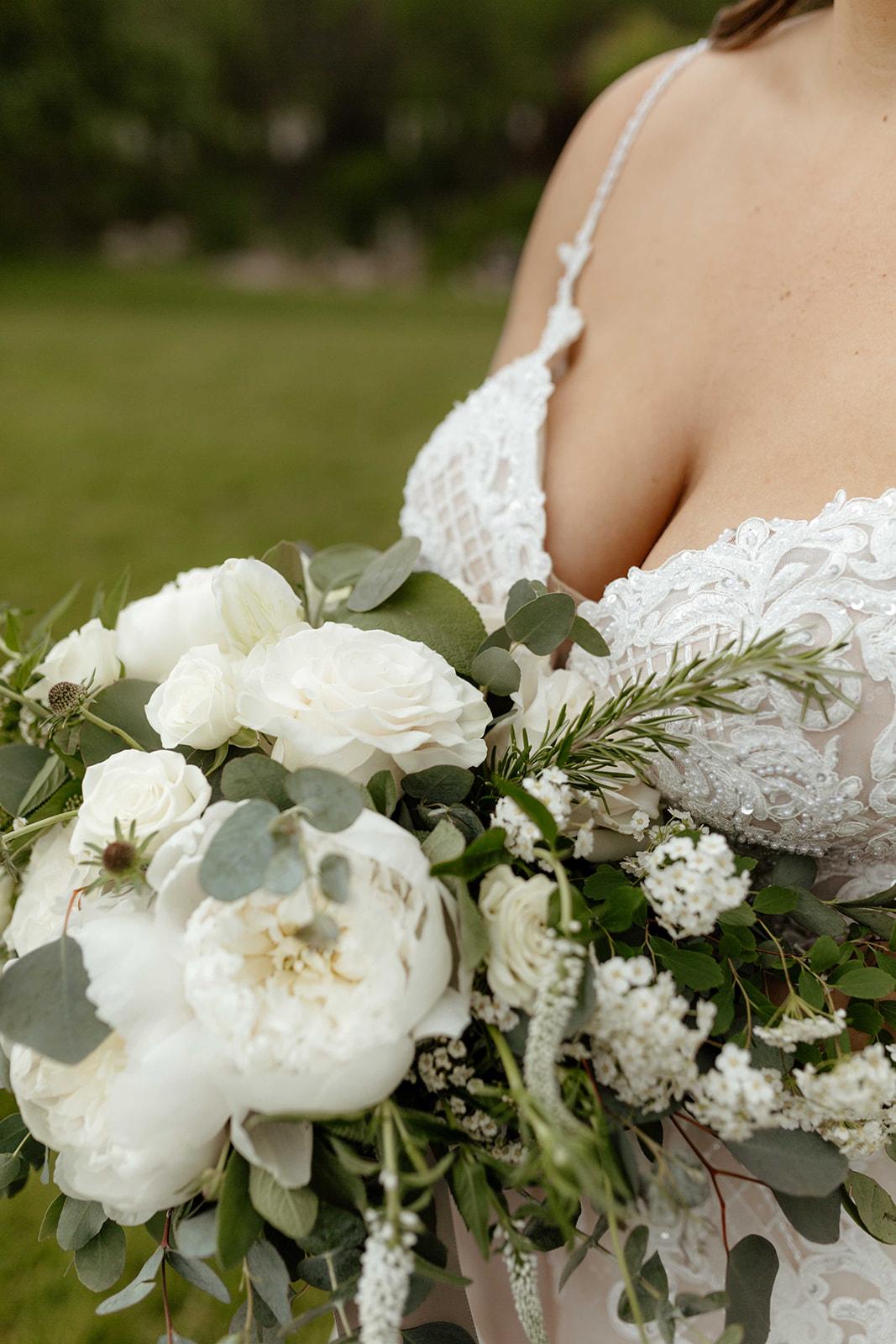 beacon hill wedding honest in ivory dress spokane florals