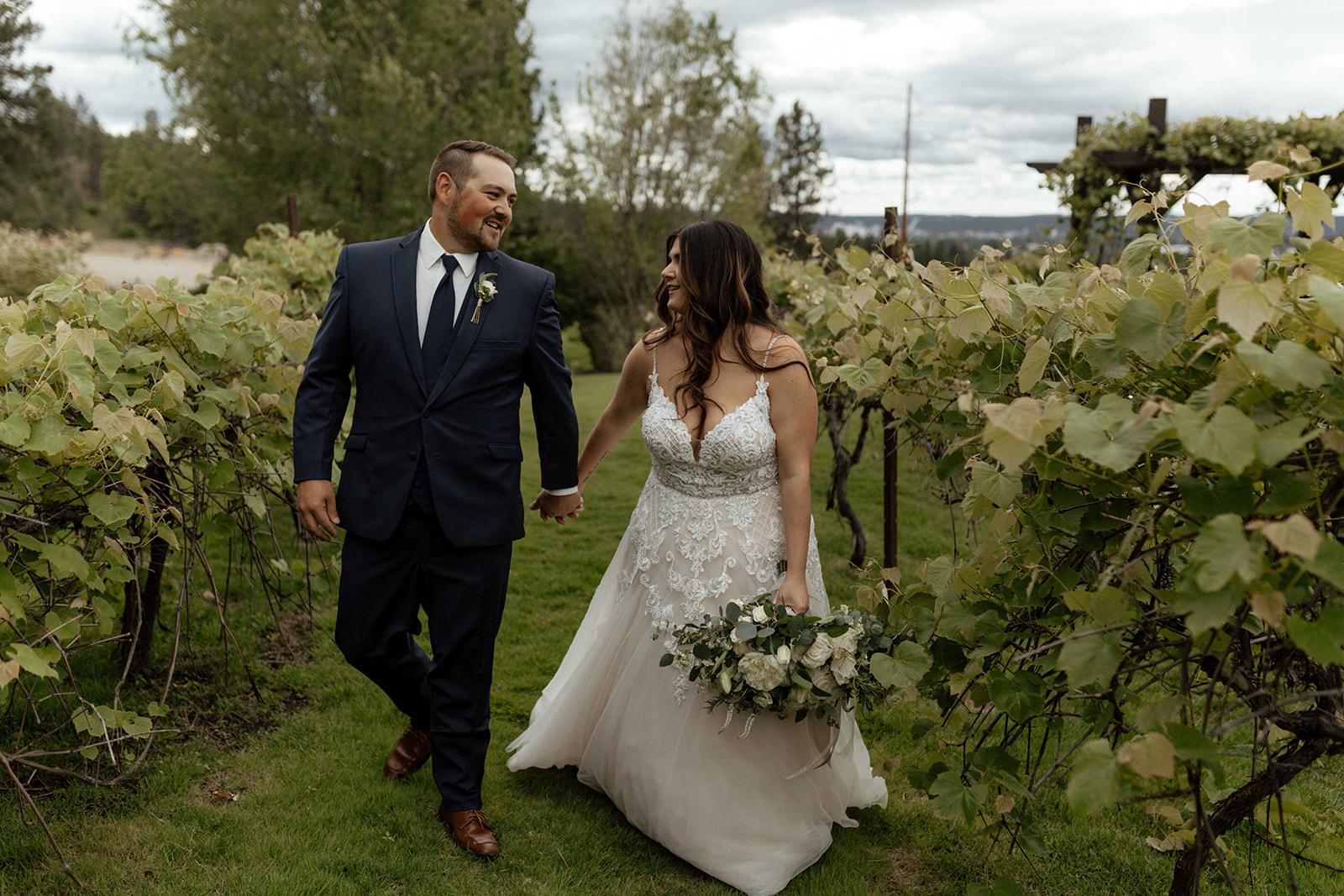 beacon hill wedding honest in ivory dress spokane vineyard