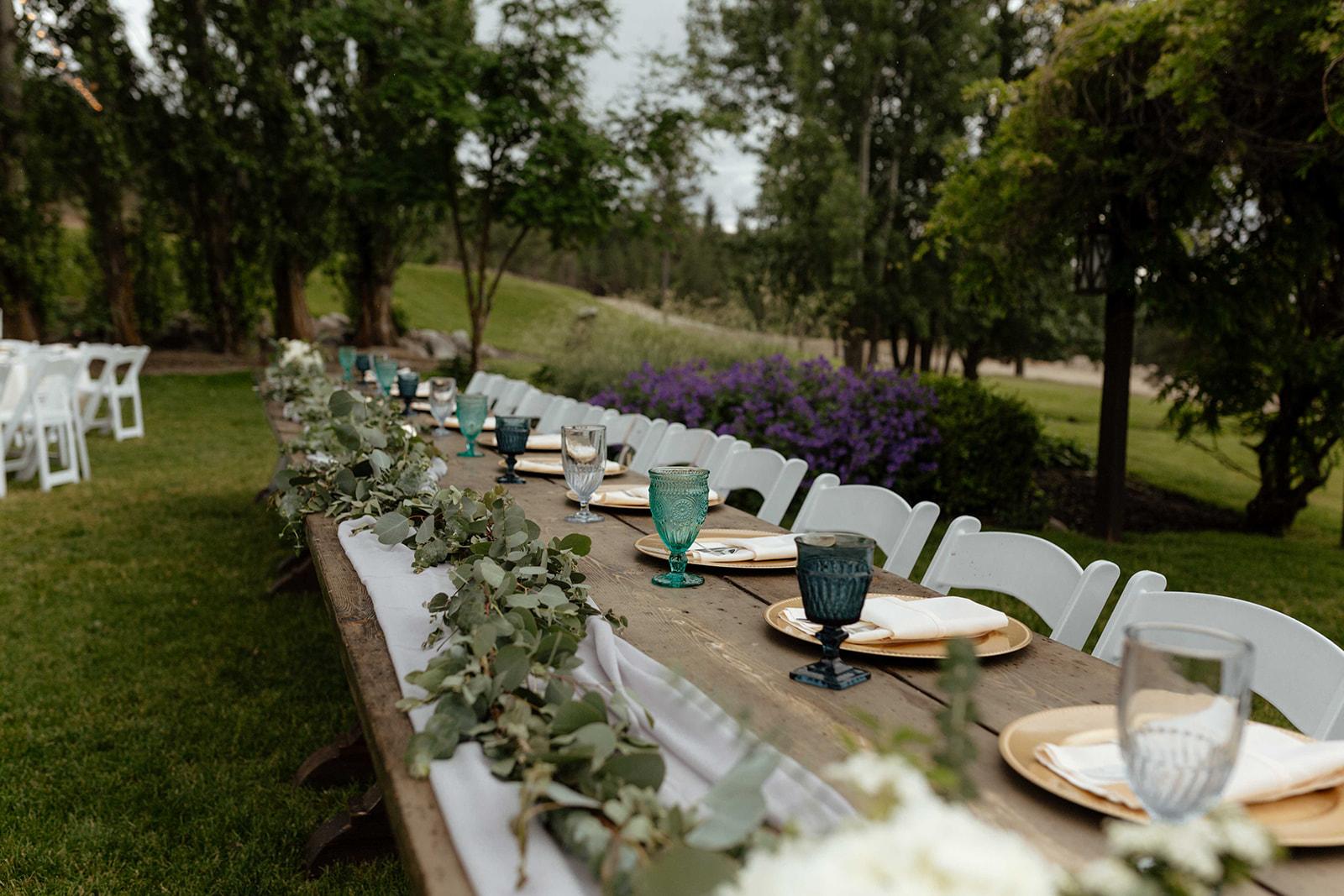 beacon hill wedding honest in ivory dress spokane table
