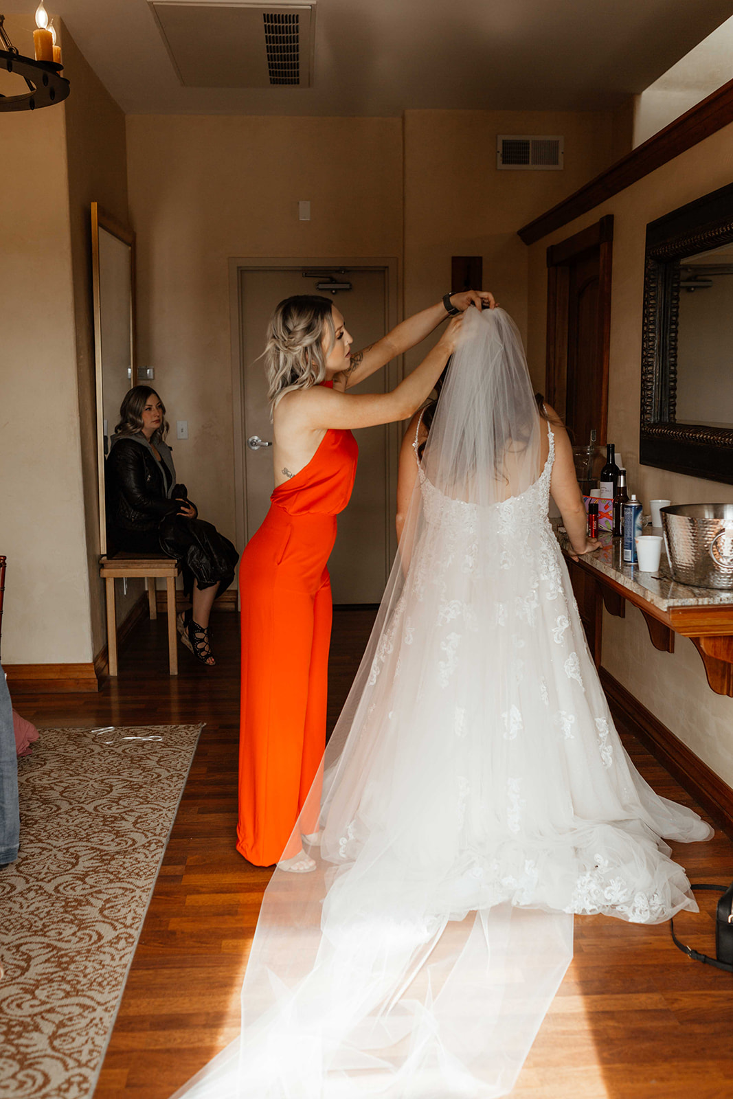 beacon hill wedding honest in ivory dress spokane hair