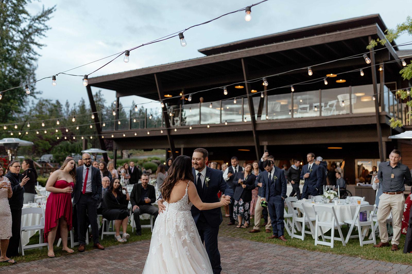 beacon hill wedding honest in ivory dress spokane first dance