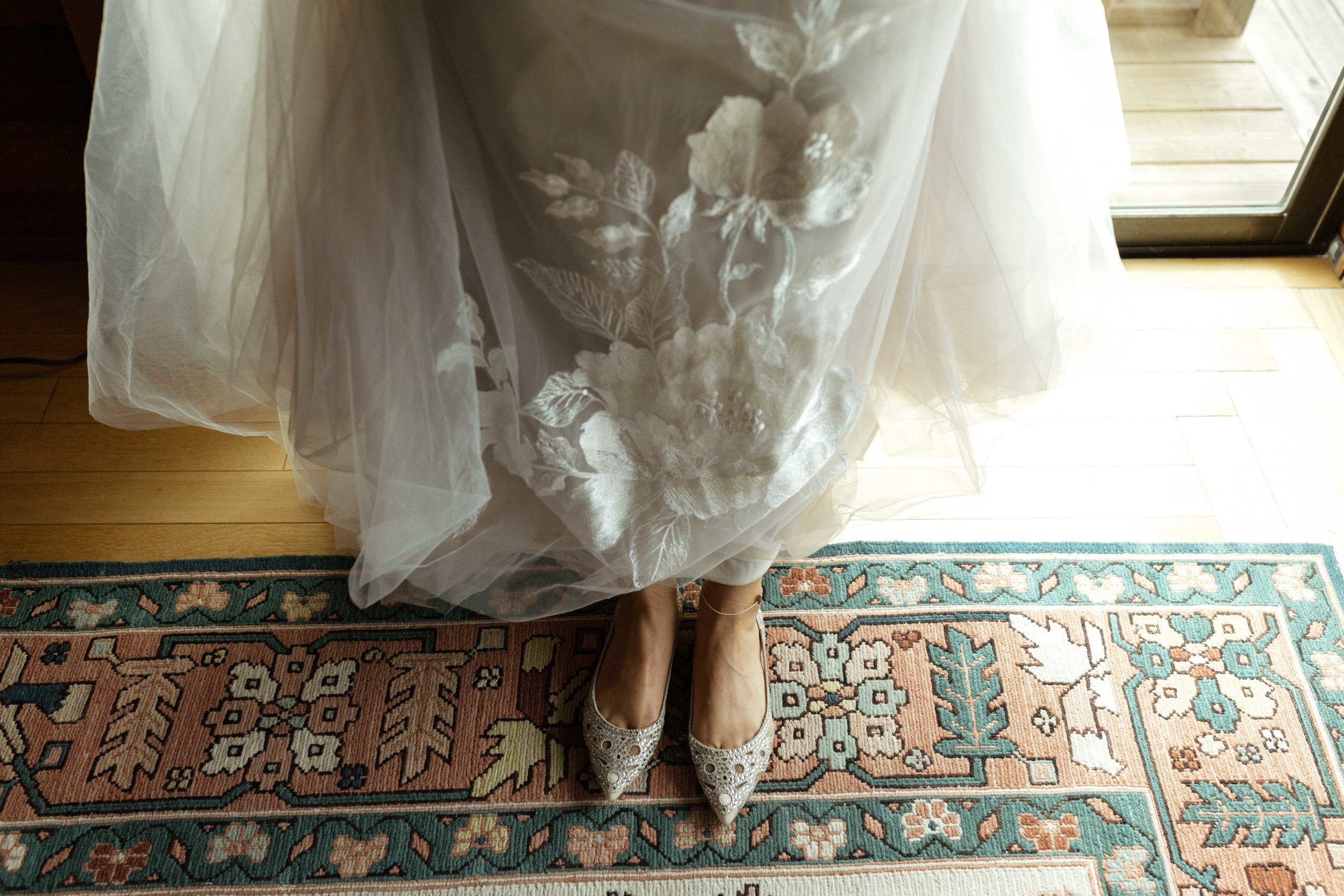 getting ready elopement spokane bride