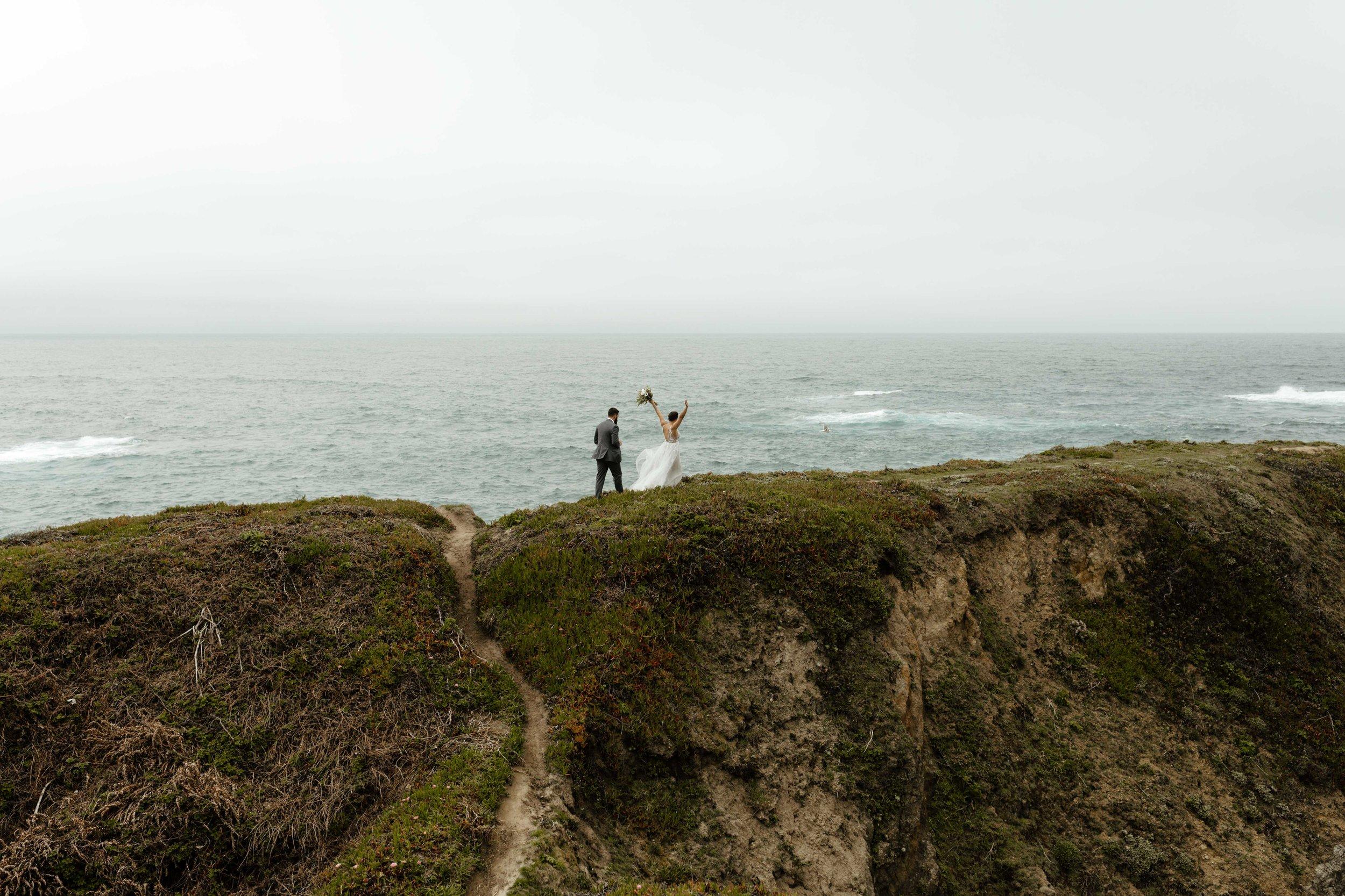 grassy beach overlook spokane bride elopement wedding
