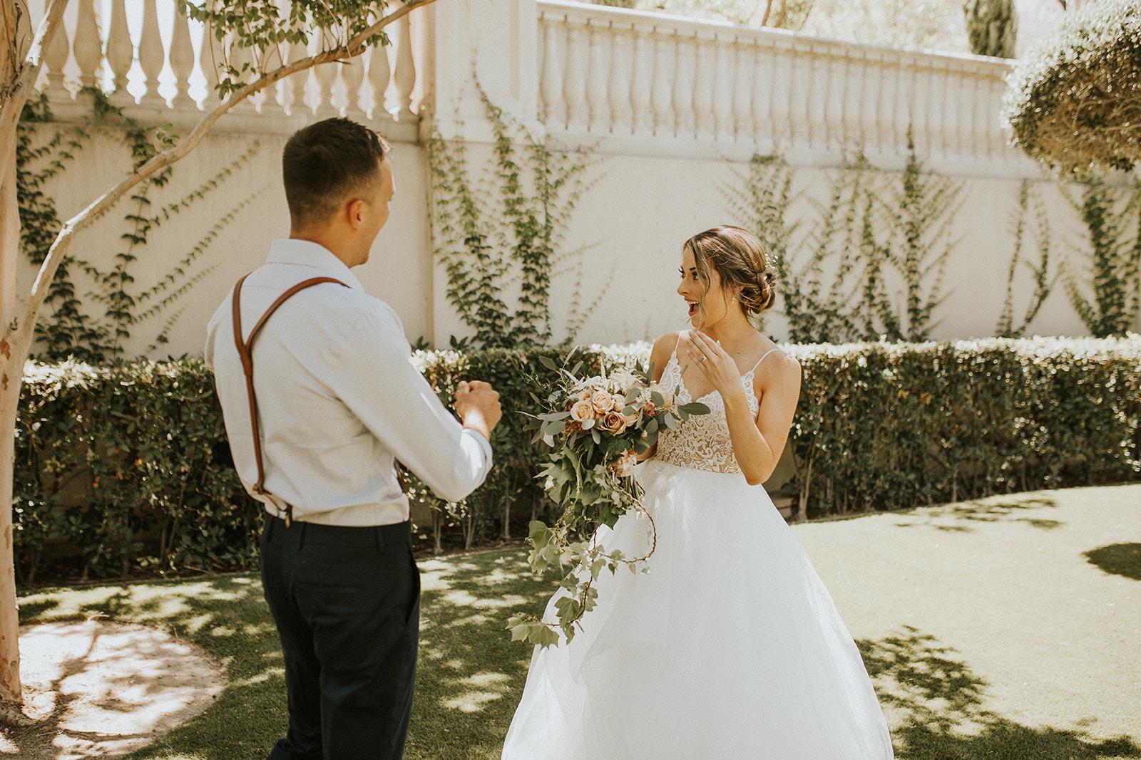 first look spokane couple vegas wedding