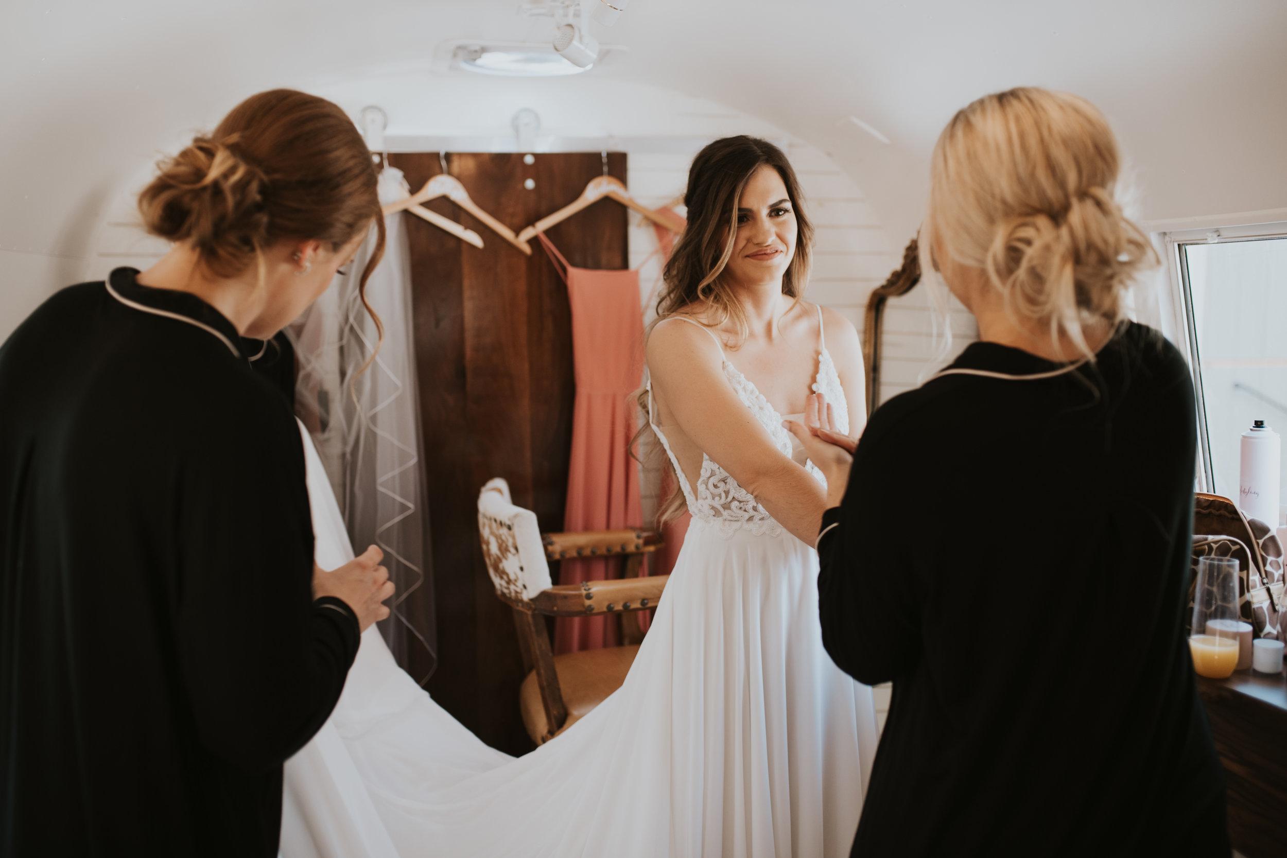 spokane bride getting ready harestream