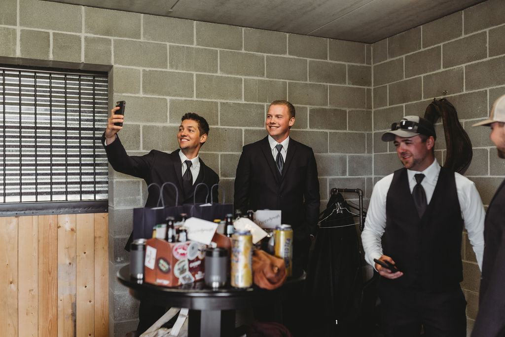 groomsmen getting ready spokane wedding