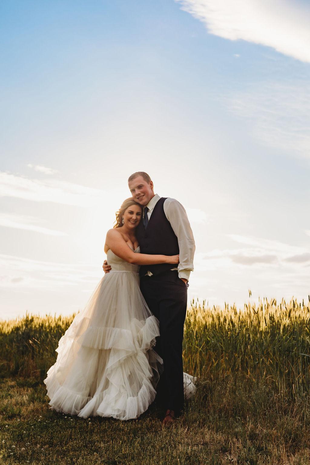 sunset bridal portrait spokane field