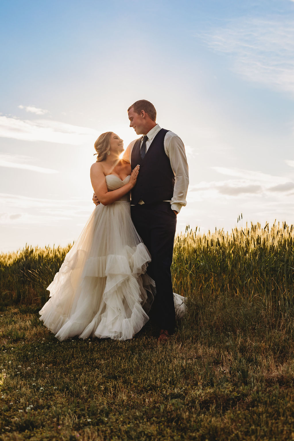 spokane field sunset bride and groom