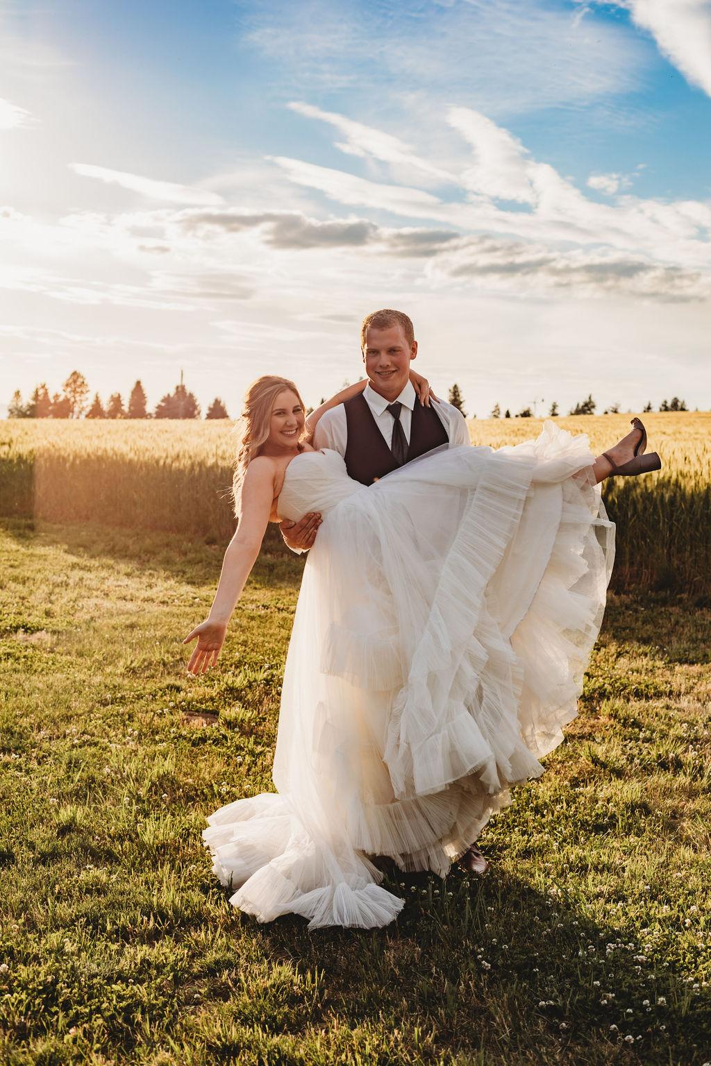 spokane wedding bride and groom