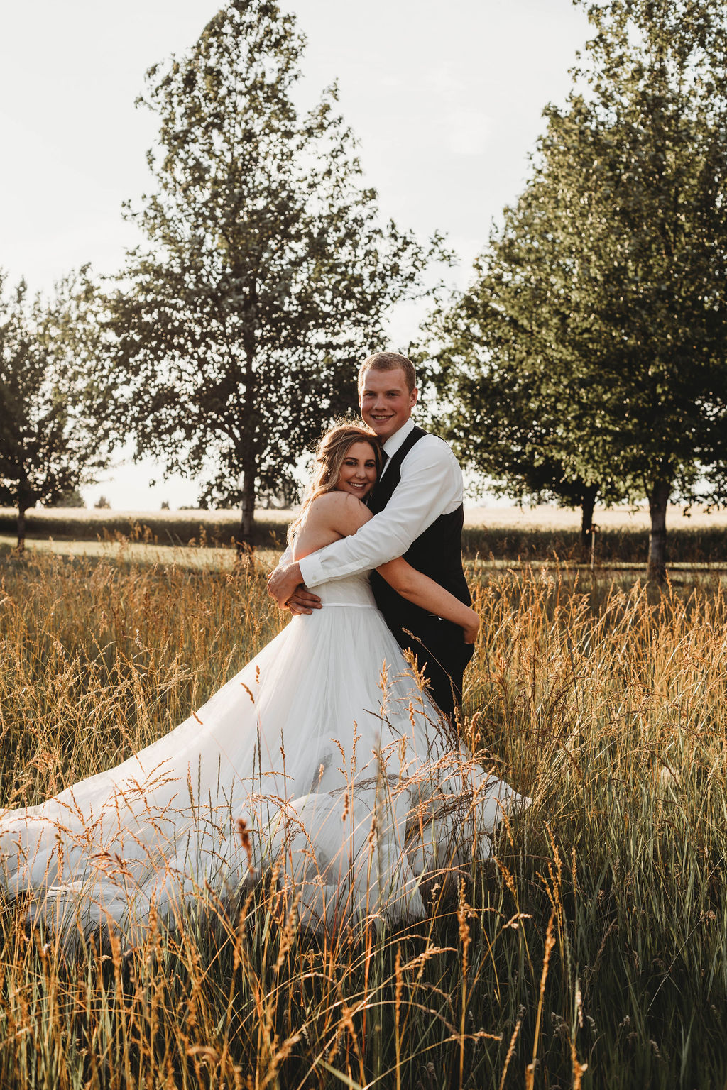 honest in ivory ballgown spokane wedding
