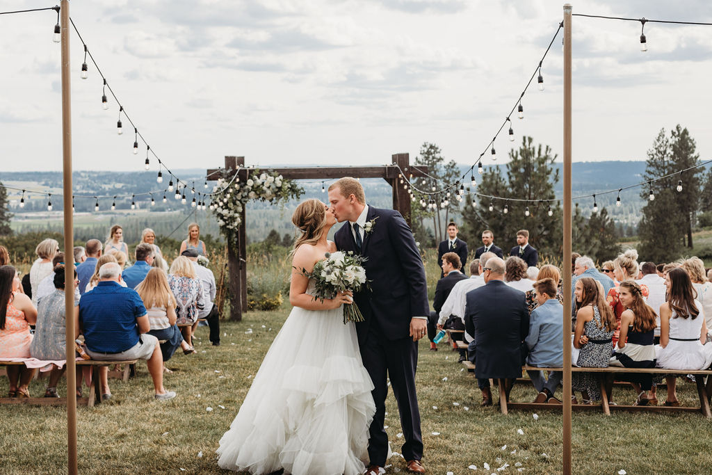 spokane bride and groom wedding