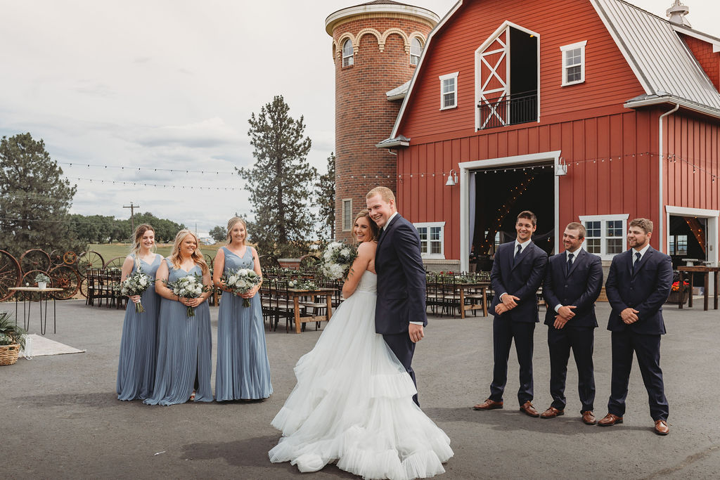 bridal party spokane bride and groom red bard greenbluff