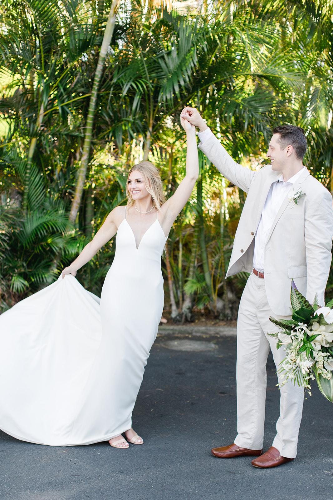 bride and groom classy spokane bride hawaii wedding