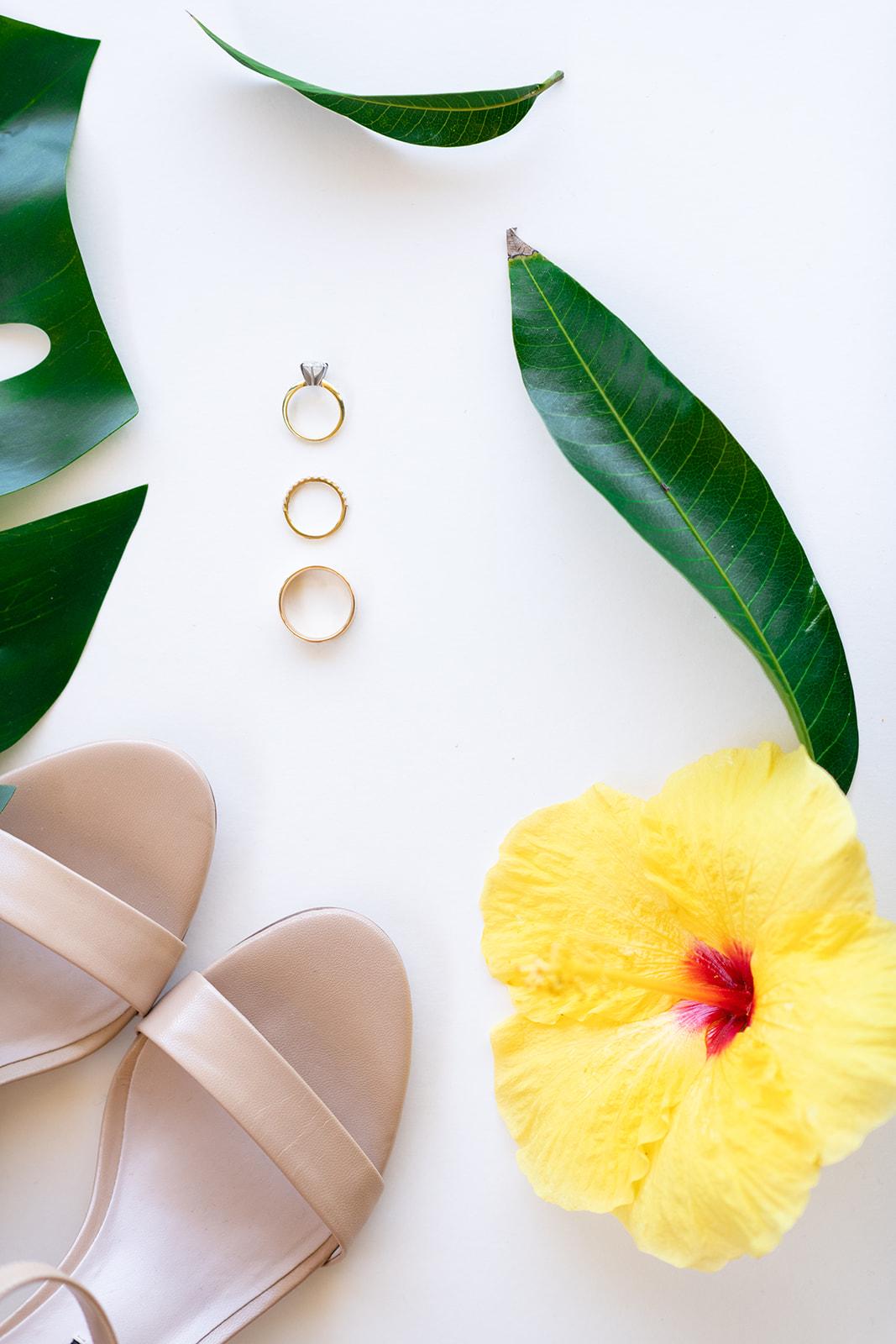 hawaii elopement tropical flowers spokane bride
