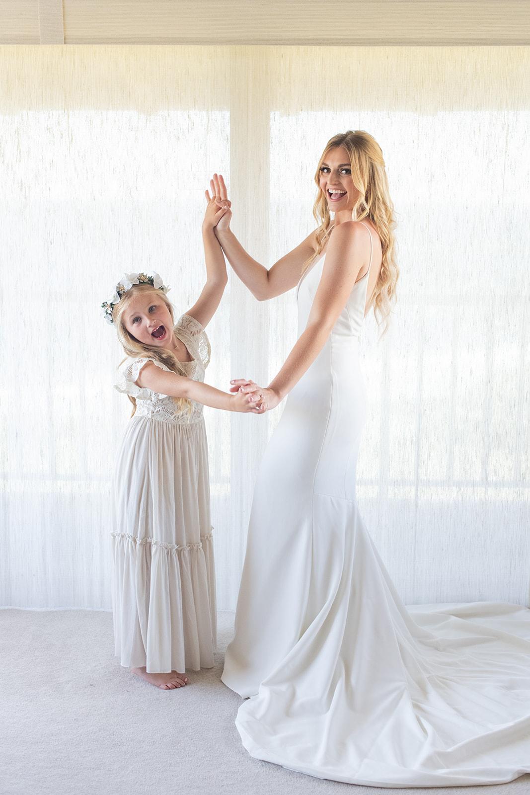 bride and flower girl spokane