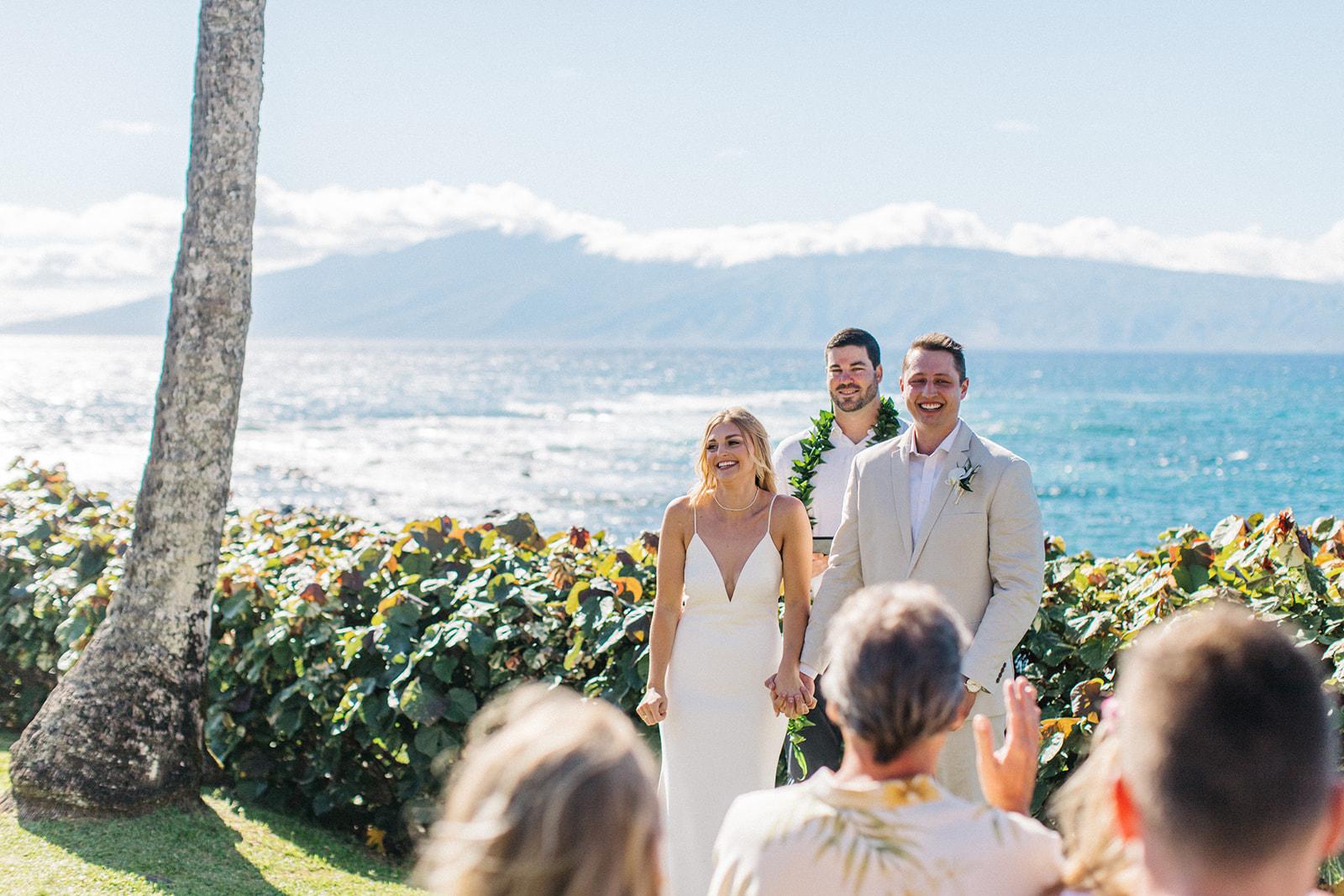 hawaii wedding spokane bride and groom