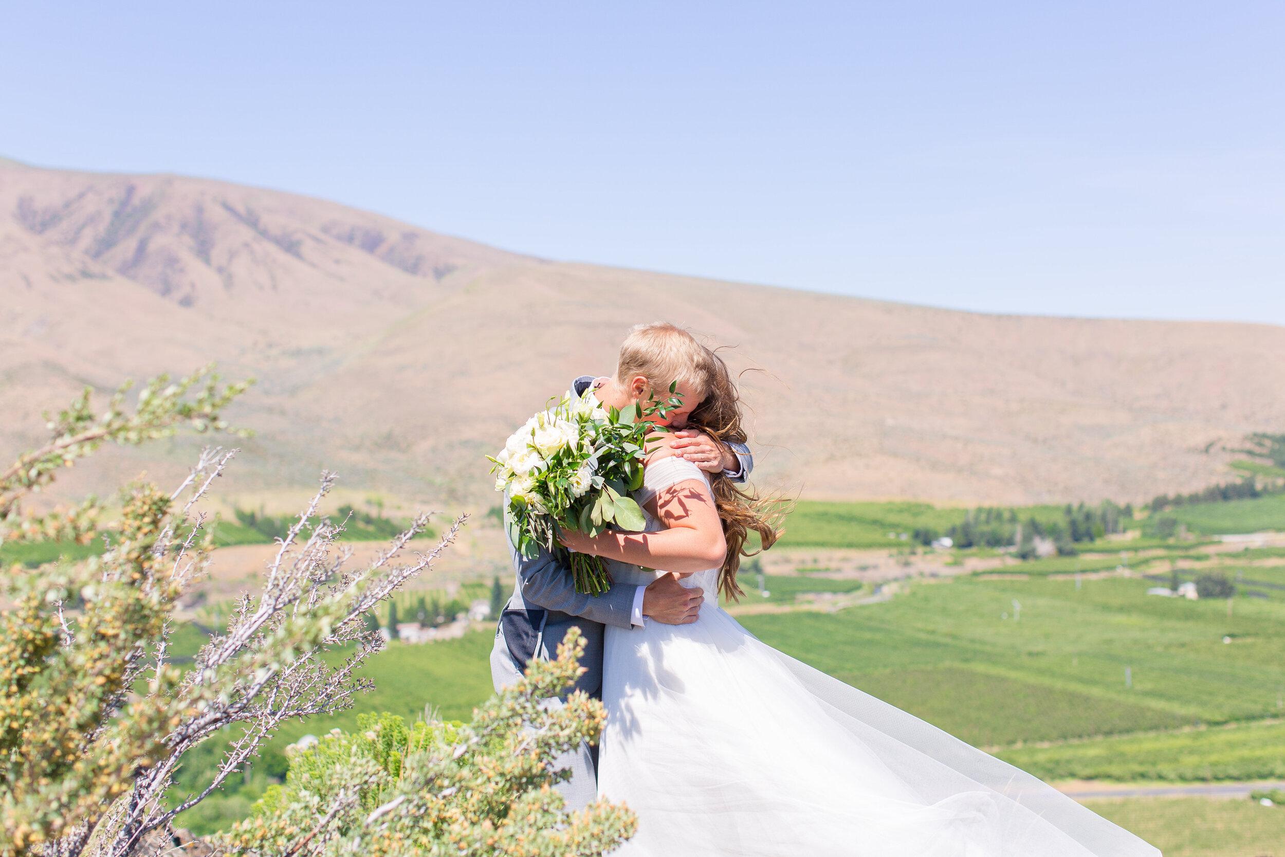 first look spokane bride and groom wedding