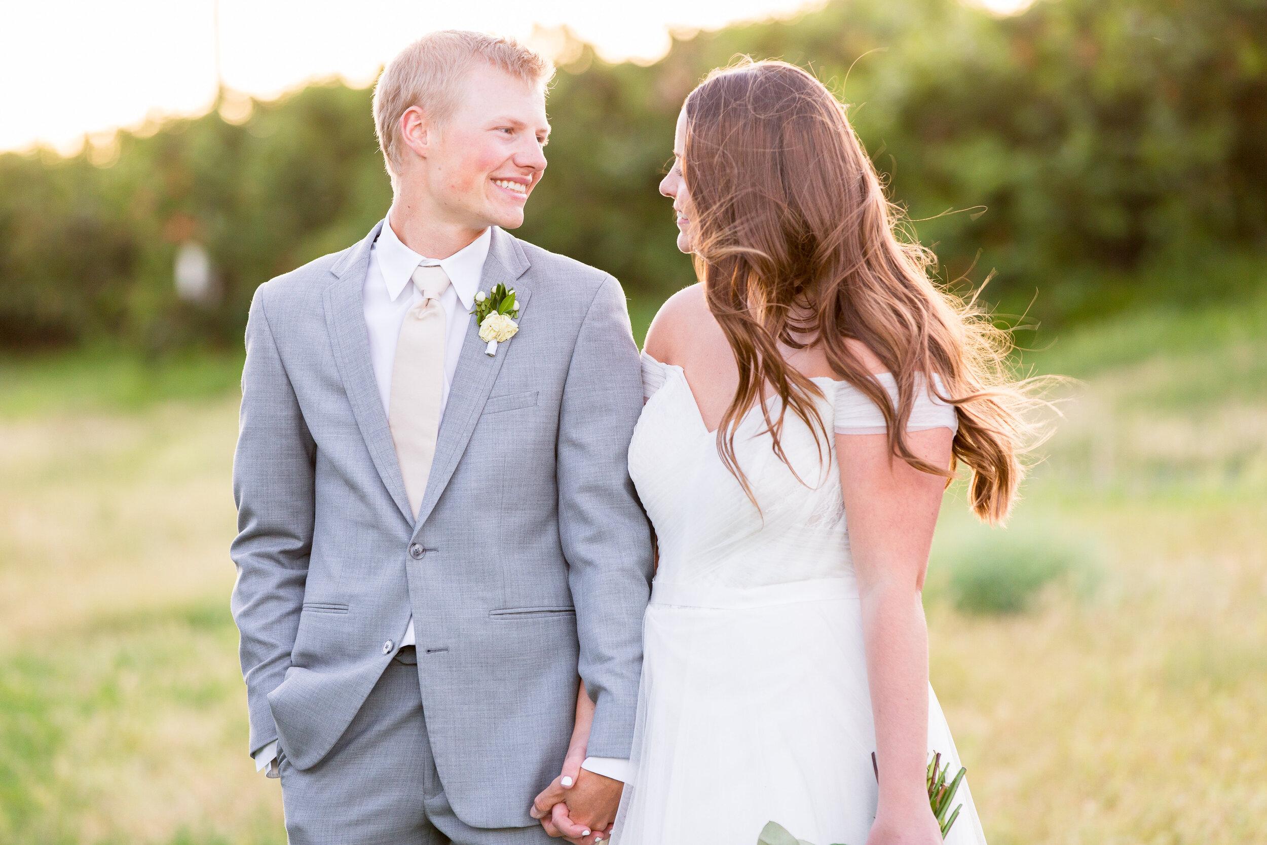 bride and groom spokane wedding