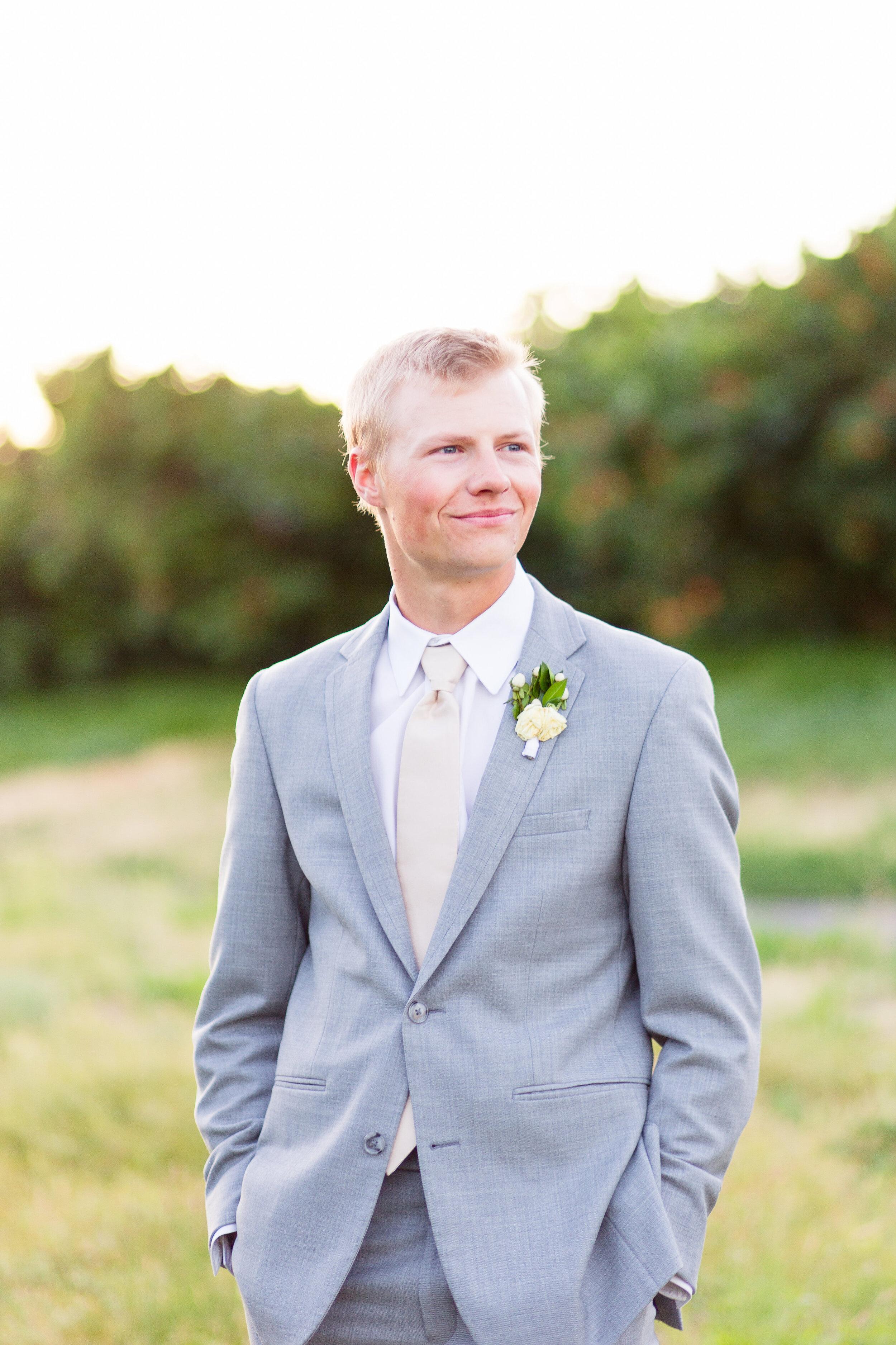 spokane groom grey suit wedding