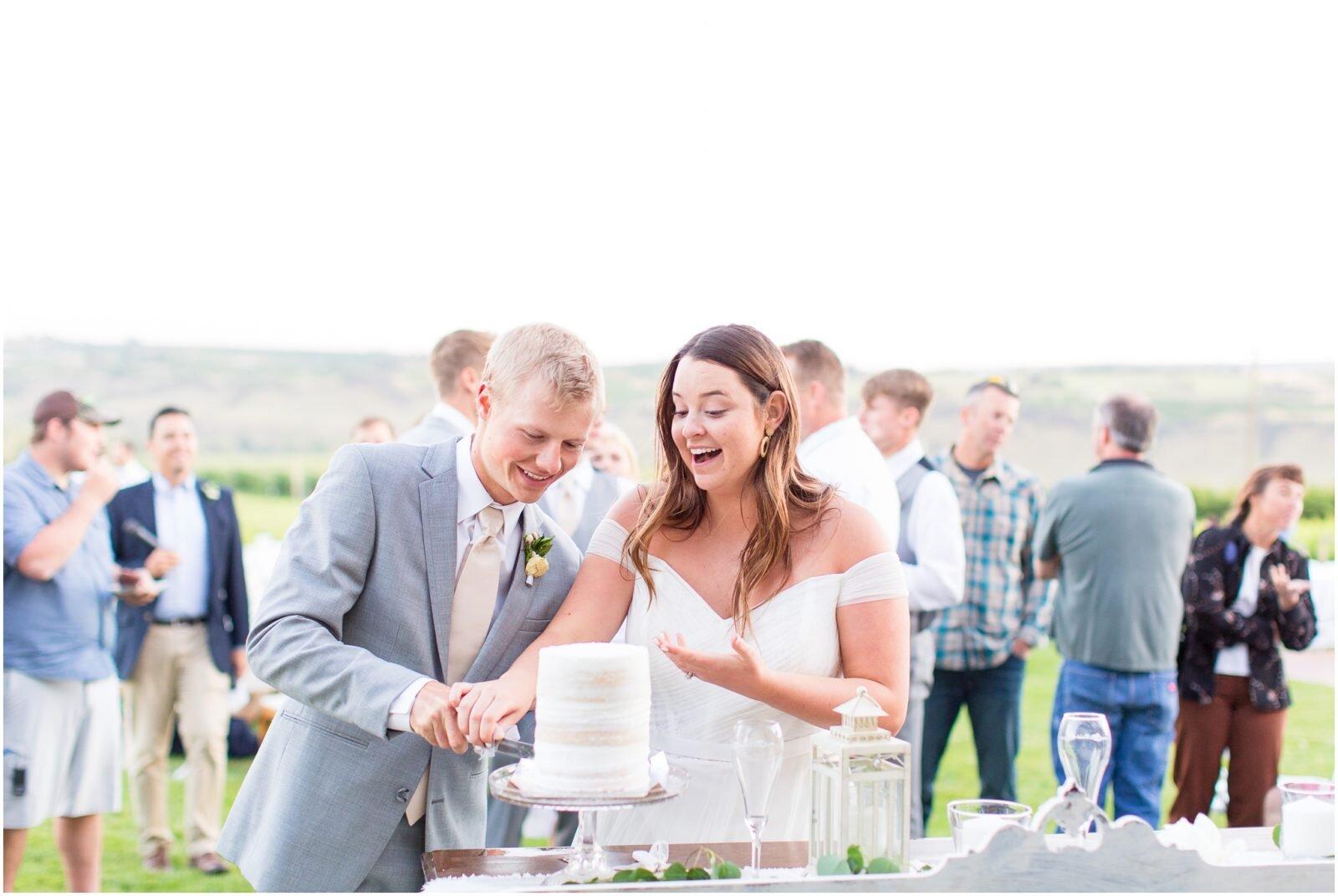 Fontaine-Estates-Winery-Wedding-Spokane-Wedding-Photographer-Taylor-Rose-Photography_0082-1600x1071.jpg