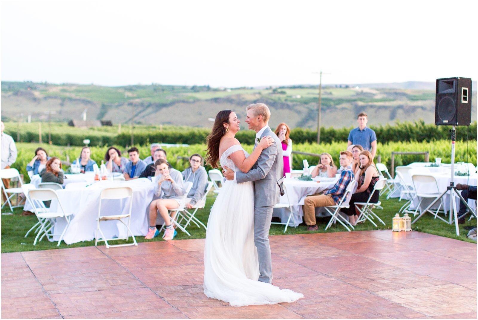 Fontaine-Estates-Winery-Wedding-Spokane-Wedding-Photographer-Taylor-Rose-Photography_0090-1600x1071.jpg