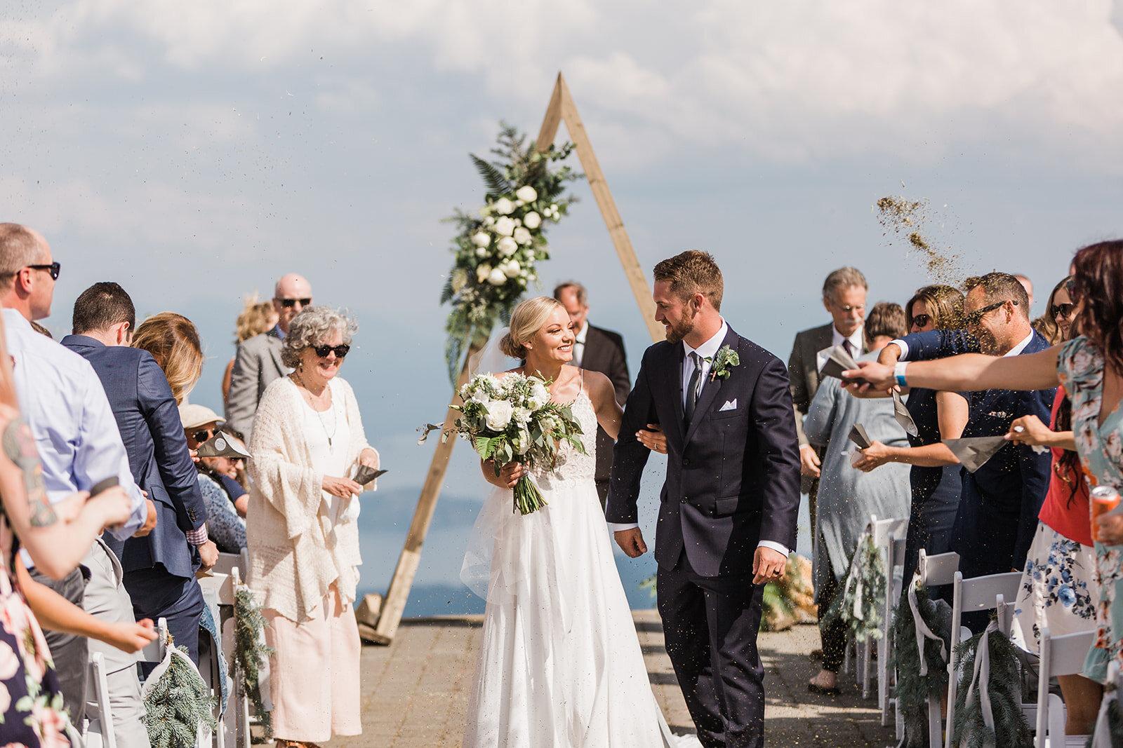 bride and groom newlyweds spokane weddinf