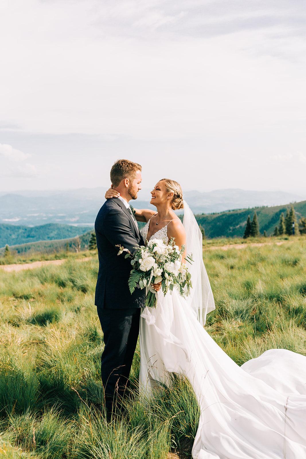 bride and groom portraits spokane wedding