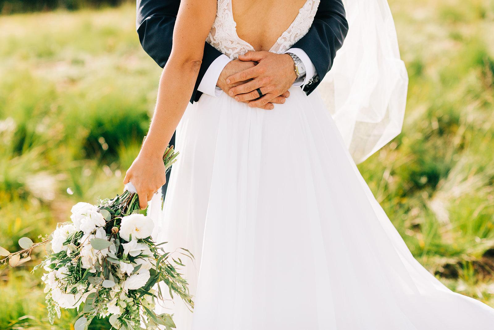 bride and groom spokane field shoot