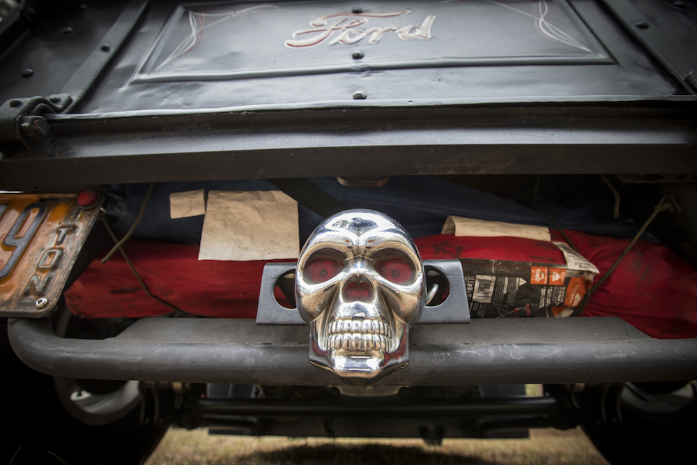 Ford logo and skull.