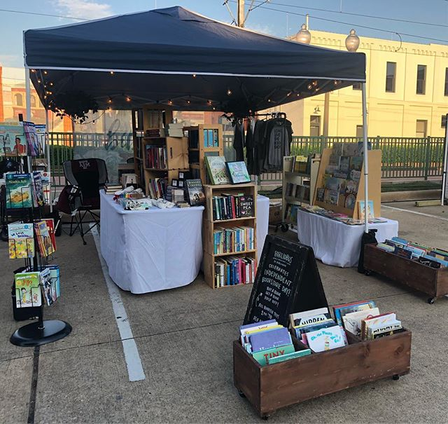 Less than two hours left to come visit us at #planoartfest! We will be back at it again tomorrow from 11am-5pm!  Today is also the only day to claim your 5 free digital audiobooks from @librofm! Libro.fm/bibliobar