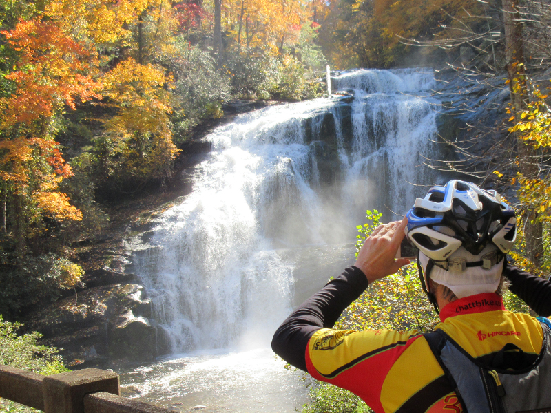 Three Rivers Way | Photo: Shannon Burke, Velo View Bike Tours