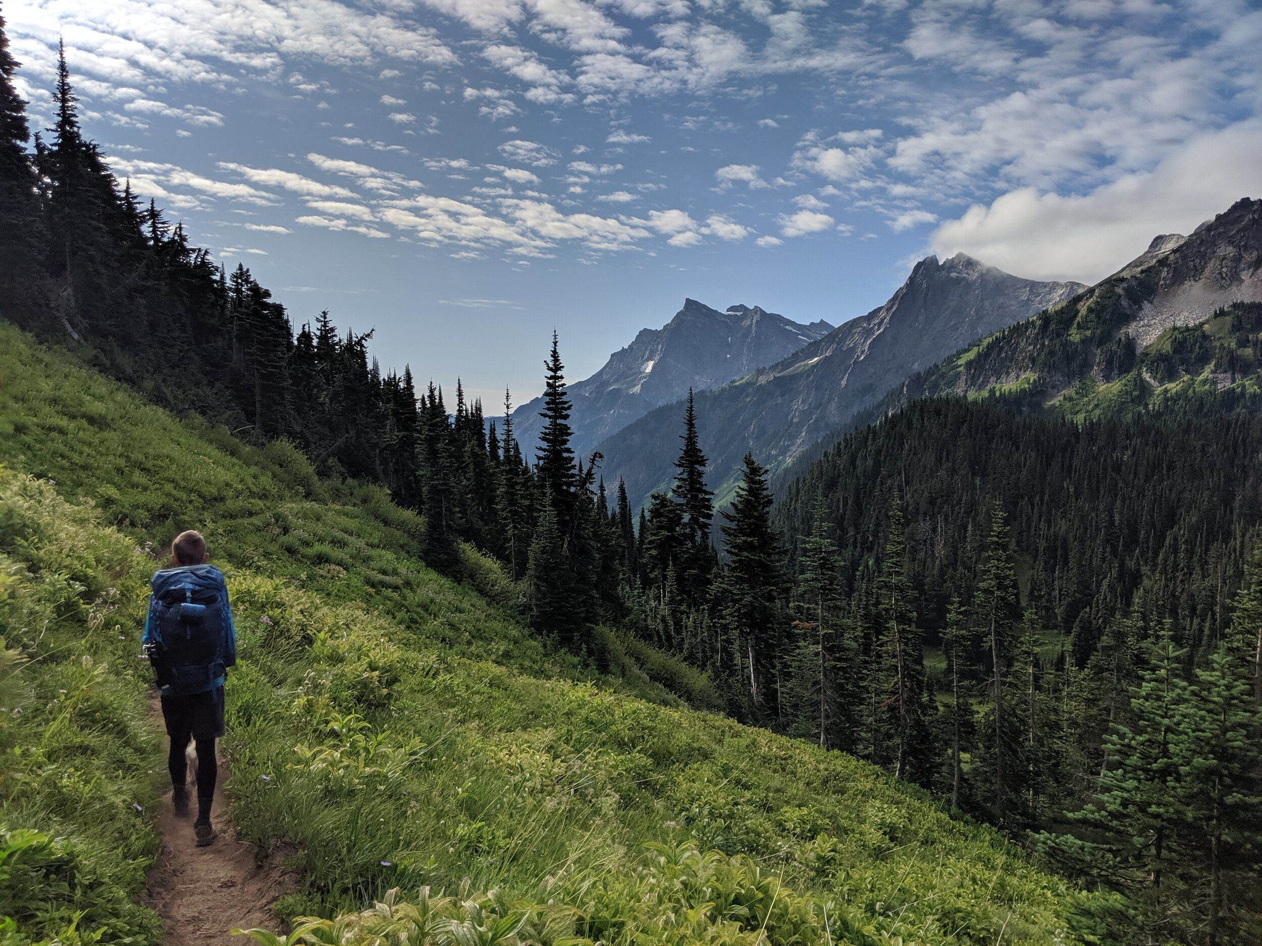 Hiking at Buck Creek Pass in the Glacier Peak Wilderness