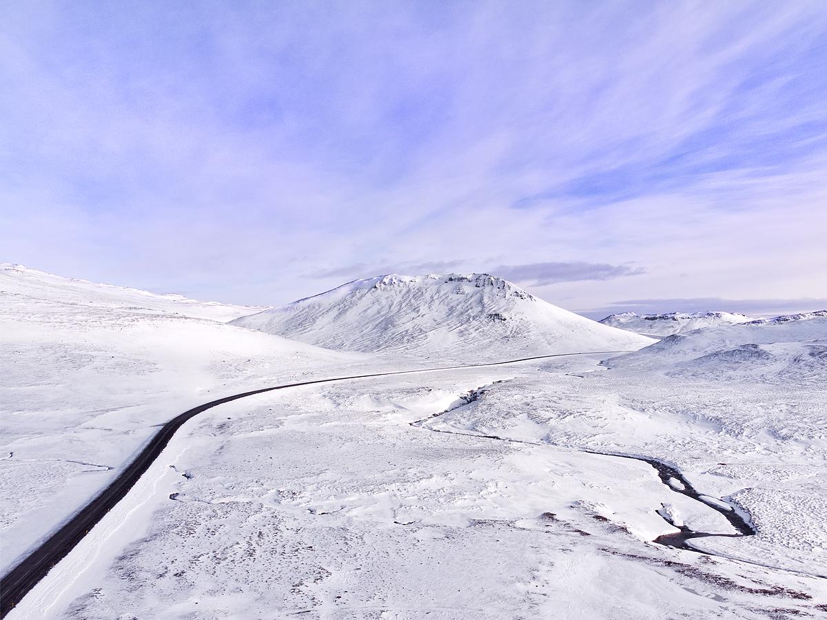 IcelandDrone_01.jpg