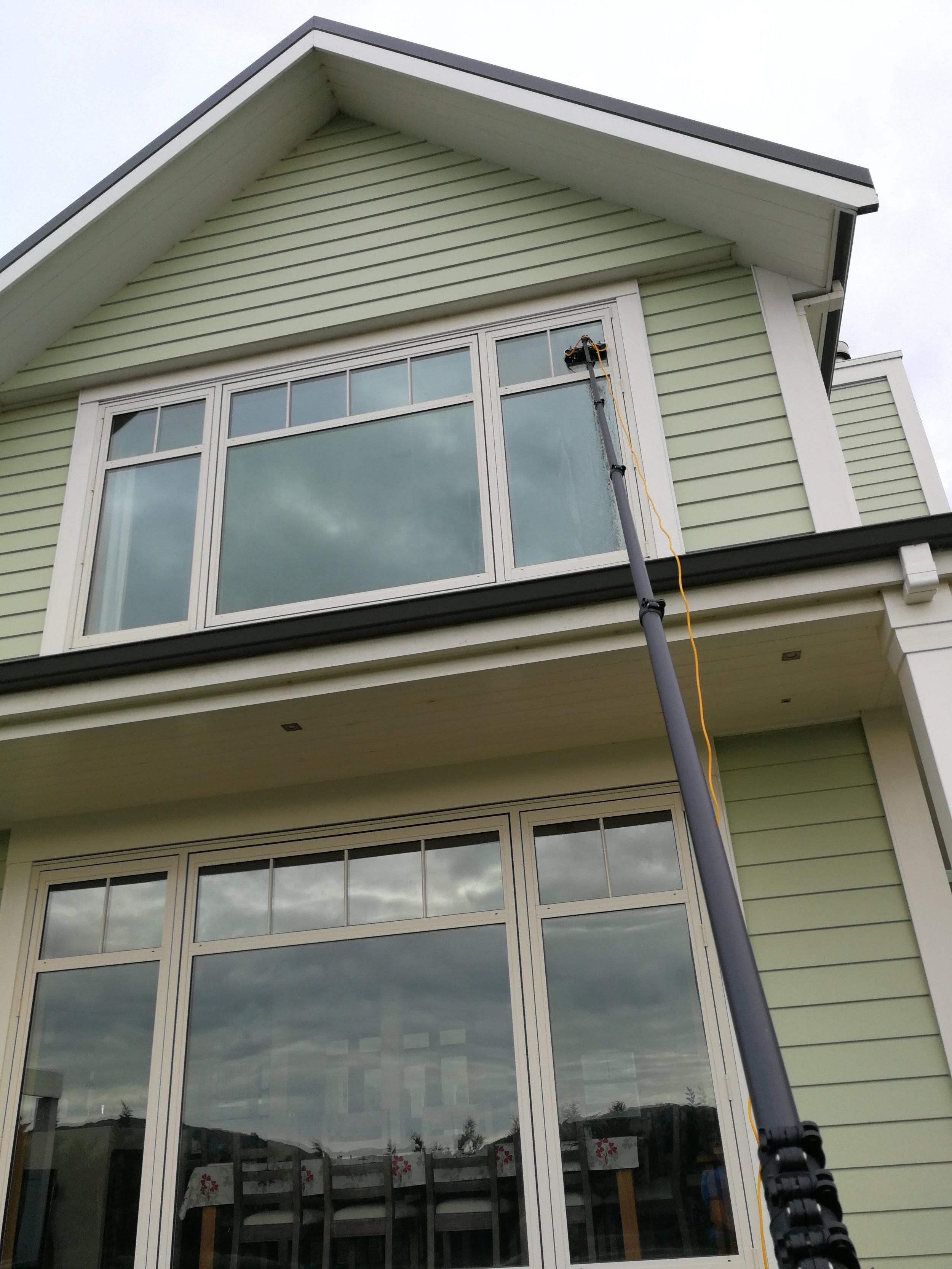 Wellington Window Cleaning.jpg