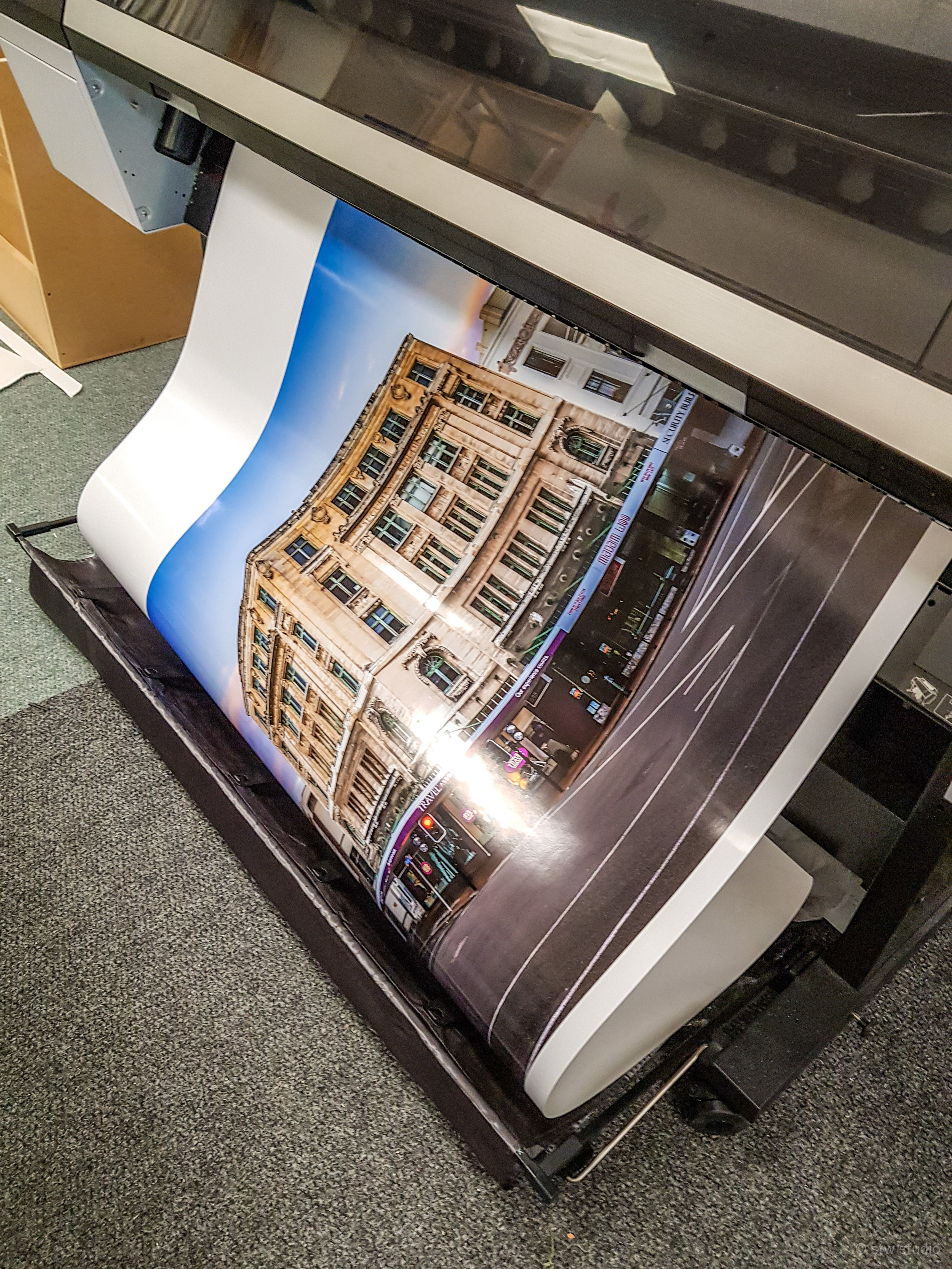 rolling off the printer @the photogallery -