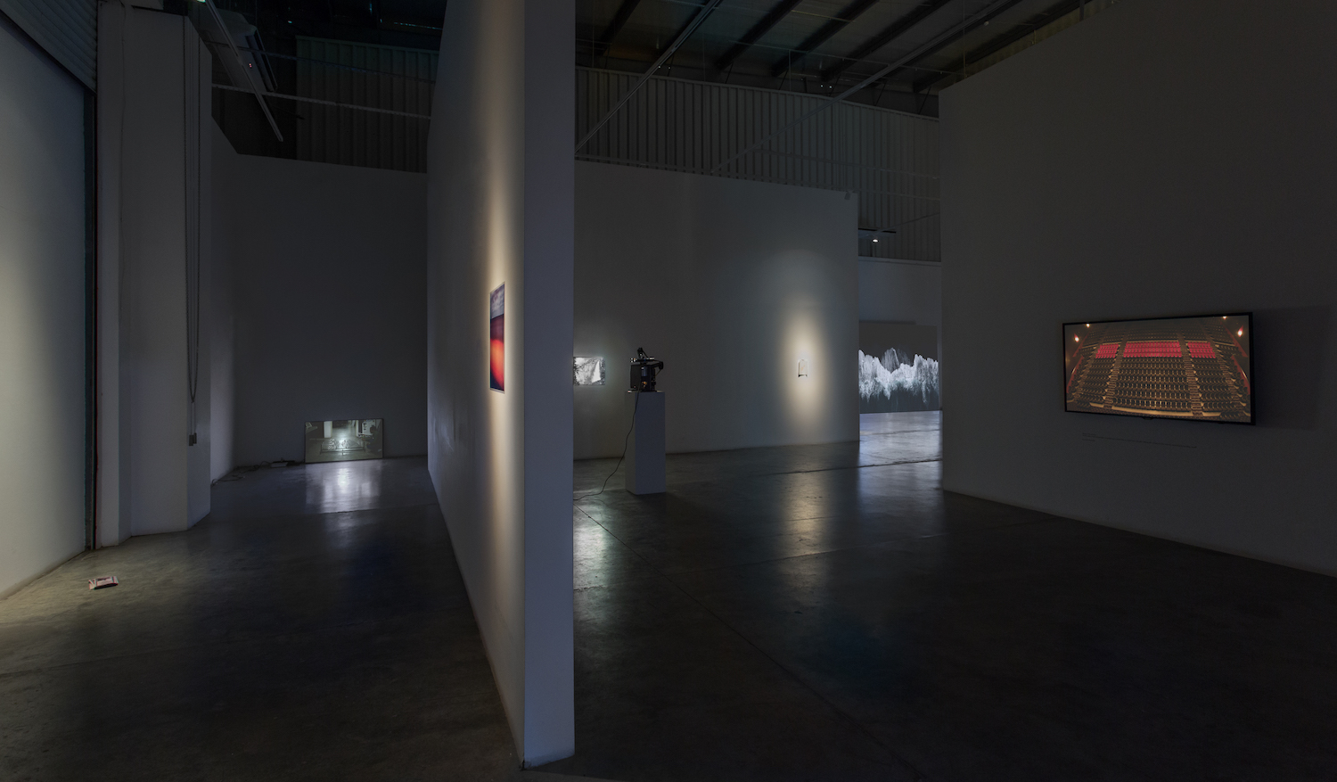 Installation view / when all seemingly stands still