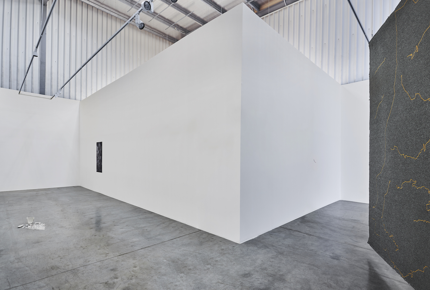 Installation view | The Encounter of the First and Last Particles of Dust