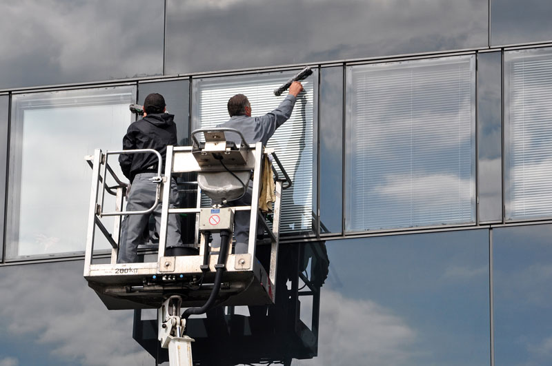Cherry picker window cleaning for offices