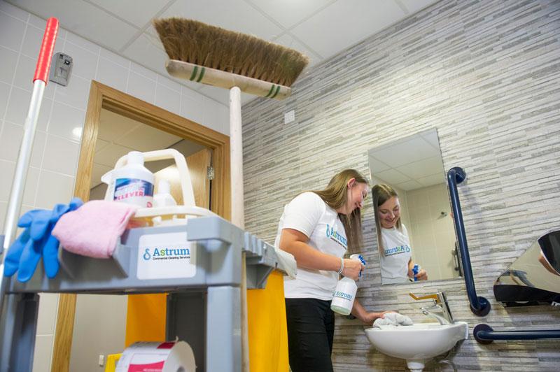 Cleaning Nottingham warehouse washroom