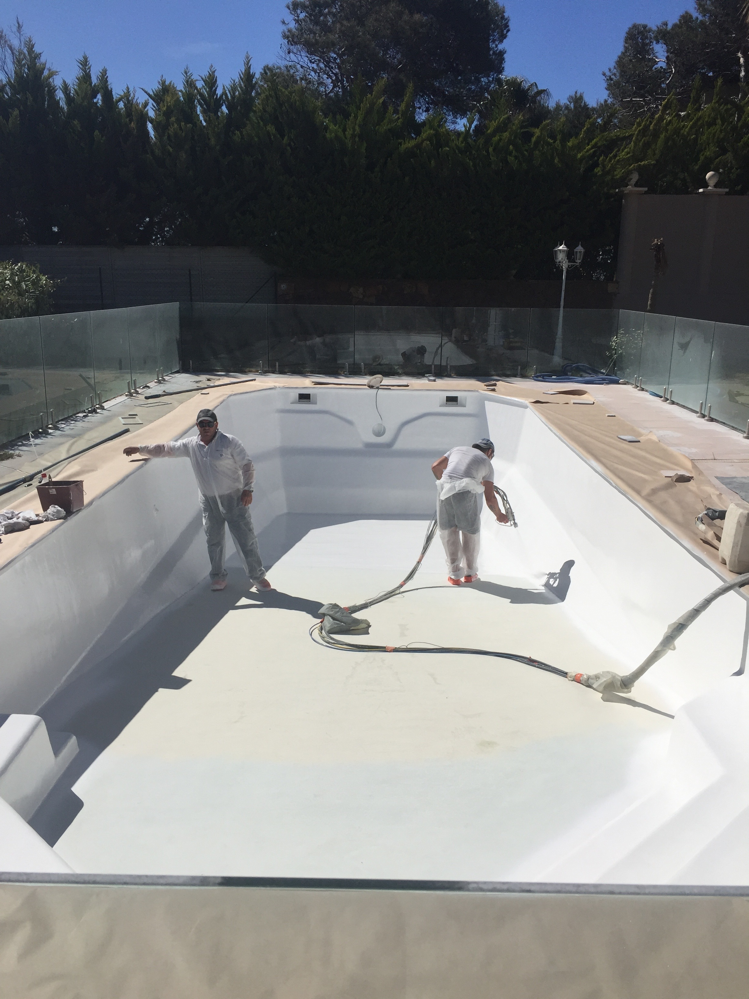 Agay swimming pool waterproofing.jpg
